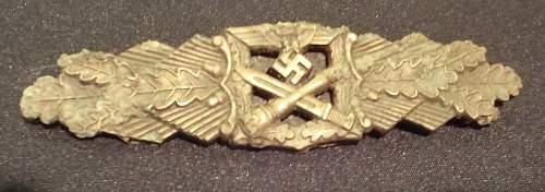 Dug Nahkampfspange in Bronze