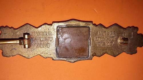 Need help with this Nahkampfspange in bronze