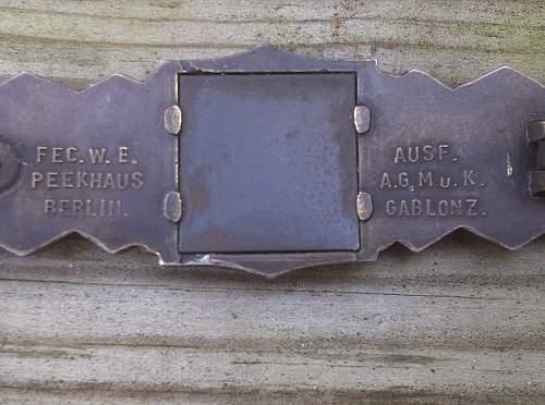 Nahkampfspange in bronze AGMuK mint condition