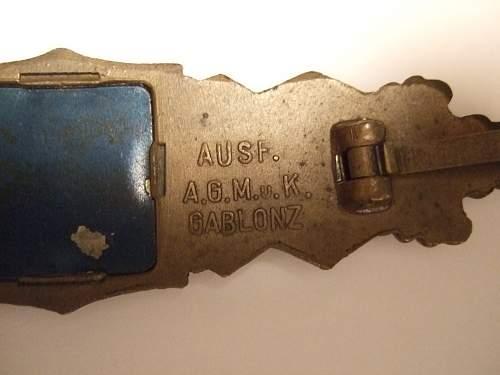 Nahkampfspange bronze A.G.M. u. K. with nice backplate