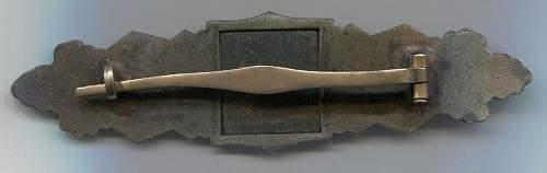 Nahkampfspange im bronze FLL