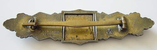 Click image for larger version.  Name:Close Combat clasp in Gold. Reverse..JPG Views:786 Size:128.0 KB ID:4258