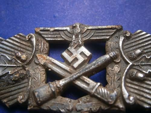 Nahkampfspange in Silber, dug out kurland
