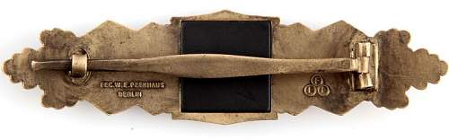 Click image for larger version.  Name:bronze close combat clasp back .jpg Views:15 Size:54.1 KB ID:867248