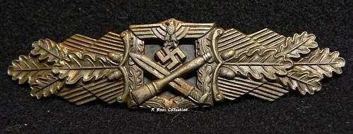 Nahkampfspange in Bronze, Unknown Maker, 6 Dot