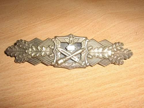 Nahkampfspange/Close Combat clasp in bronze: F&BL : original?