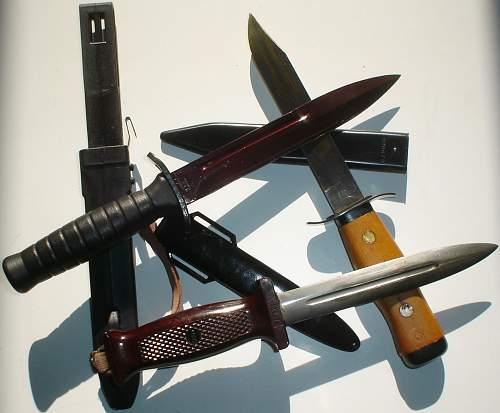 """car boot sale"", (combat knives)"