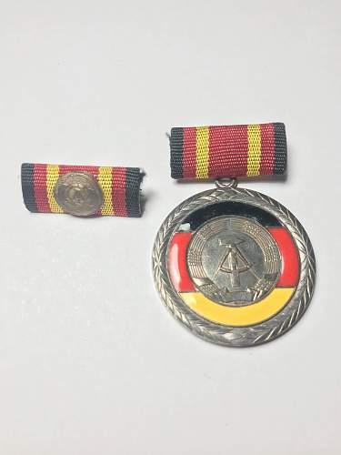 Verdienstmedaille der DDR 1960 era