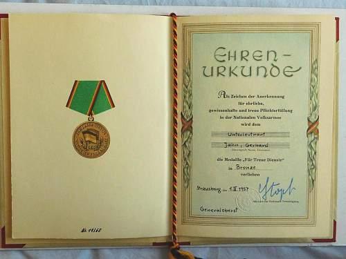 Medaille fur Treue Dienste in der Nationalen Volksarmee early bronze 5 yrs type 1
