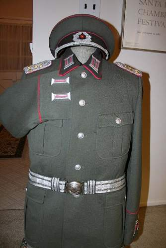 Click image for larger version.  Name:Panzer%20uniform%202%20resized.jpg Views:2242 Size:66.3 KB ID:26390