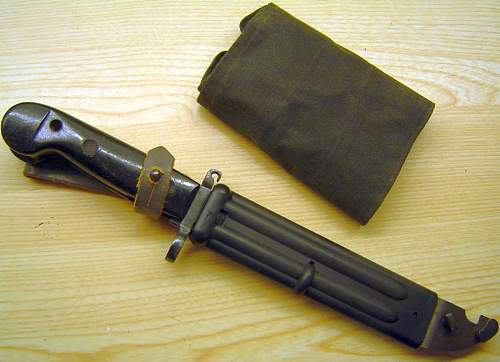East German issue AK-47 bayonet and scabbard (transitional)