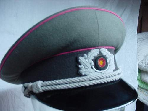 Click image for larger version.  Name:Panzer%20Officer%201958.jpg Views:55 Size:45.9 KB ID:676150