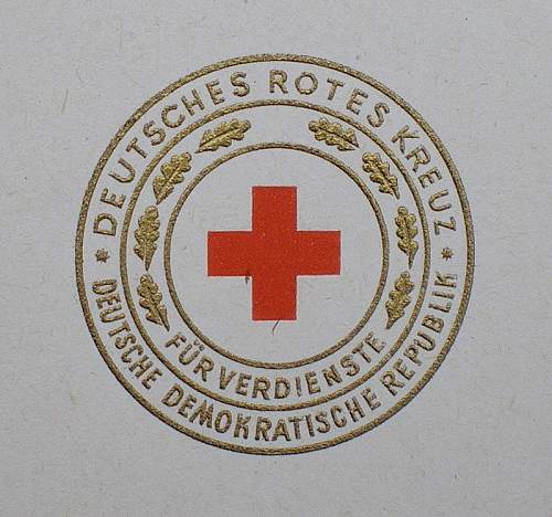 Das Ehrenzeichen des Deutschen Roten Kreuzes der DDR