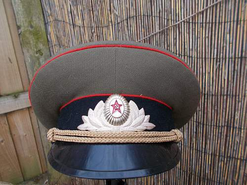 Name:  811912d1425664669t-soviet-hat-015.jpg Views: 74 Size:  35.6 KB
