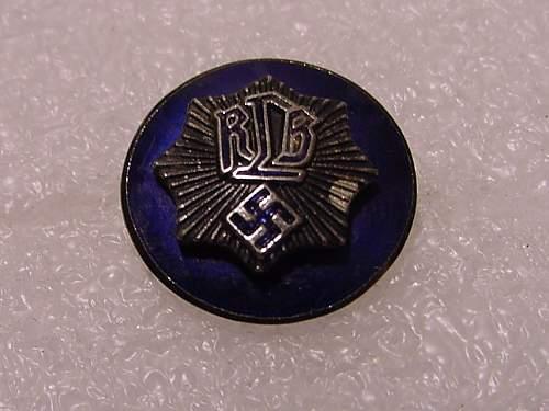R.L.B. Luft Schutz ( air raid warden) enameled pin.
