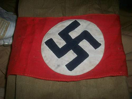 Ok, i have my NSDAP tunic, and info is needed..