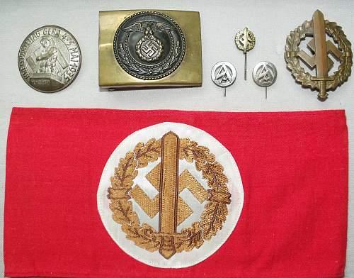 SA Sports Badge Stick Pin