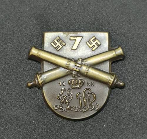 Help identifying Regimental tinnie/badge