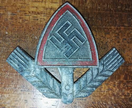 RAD cap insignia. Please help