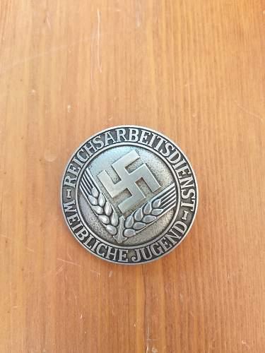 Reichsarbeitsdienst der Weibliche Jugend brosche, silberfarben