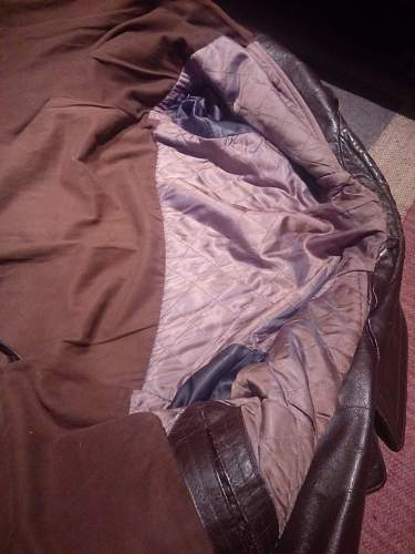 Officer's leather coat.. HELP Needed!