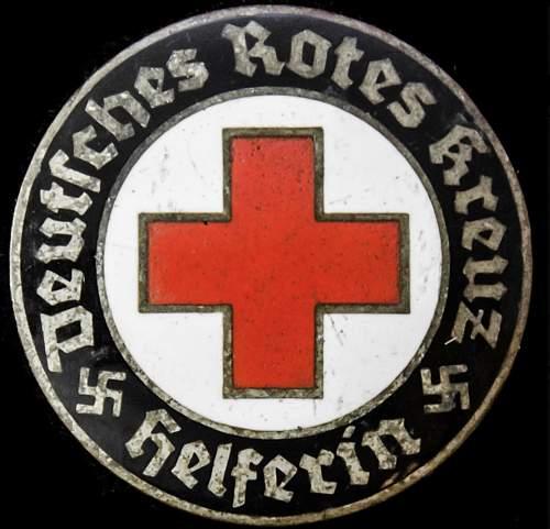 Deutsches Rotes Kreuz Helferin Badge