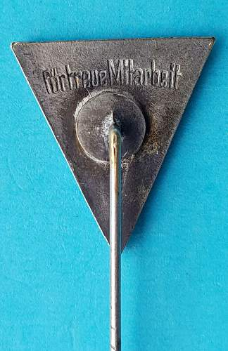 Pins Identification Help