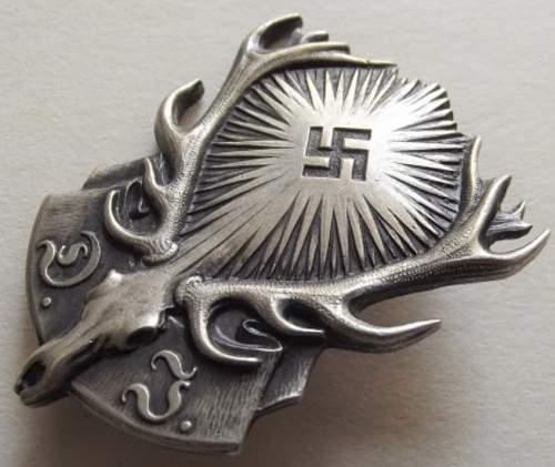 Deutsches Jageschaft badge - opinions please!