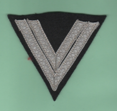 help with this rank badge and cap eagle please