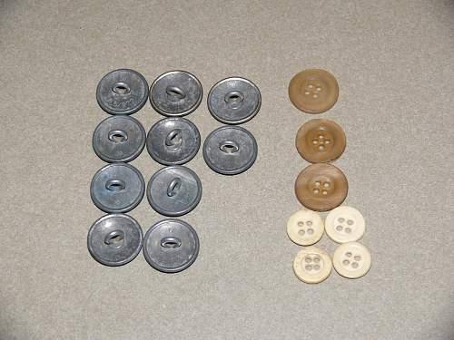 SA silver buttons