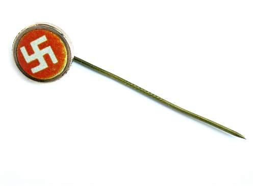 Help with DANISH sympathy badge