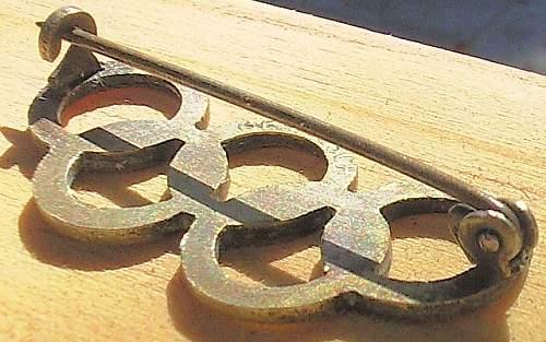 Need help - 1936 Olympics Badge