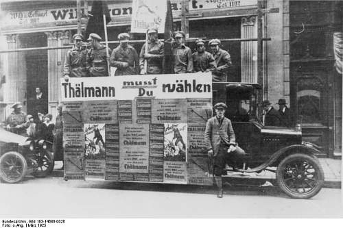 Click image for larger version.  Name:KPD-Wahlwerbung Essen March 1925.jpg Views:124 Size:65.1 KB ID:20886