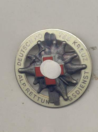 Click image for larger version.  Name:badge 3 front.jpg Views:87 Size:41.6 KB ID:218003