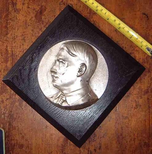 Nazi pennant & Hitler plaque
