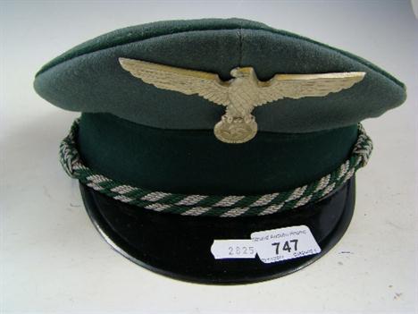 Custom officials hat ?
