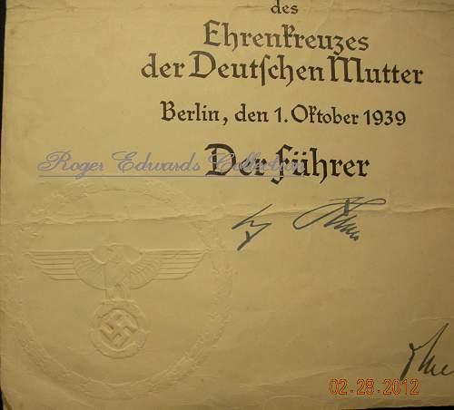 Click image for larger version.  Name:Mutterkreuz 2 Doc seal.jpg Views:649 Size:246.6 KB ID:313842