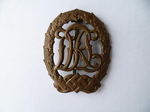 DRL Sports badge, fake?