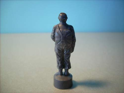 Click image for larger version.  Name:figurine2.JPG Views:57 Size:193.1 KB ID:324592