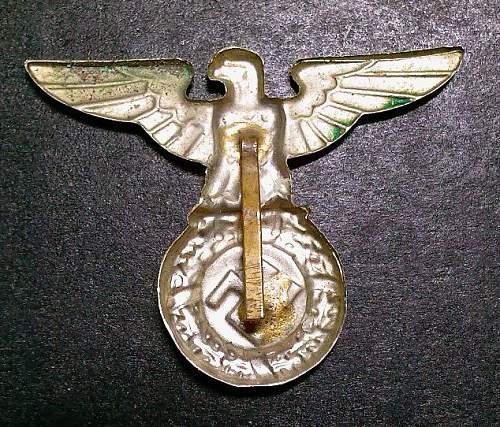 SA/ SS cap badge