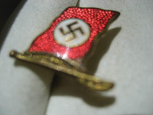 Is this flag/badge fantasy item?