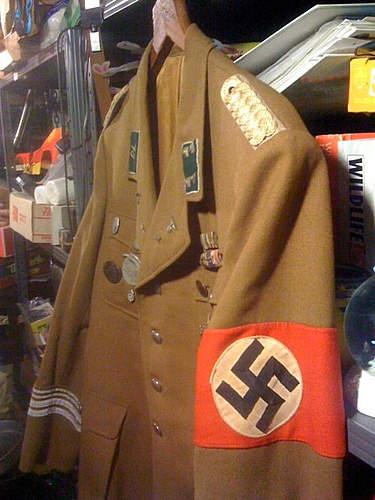 An actual legitimate Political Uniform on Ebay!
