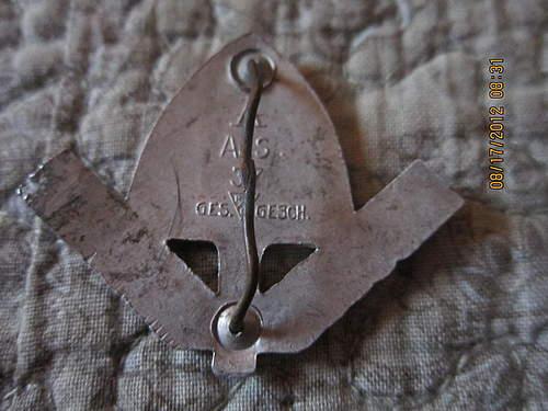 Seefahrt and Rad cap badge: Info needed please.