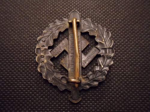 Bronzes SA-Sportabzeichen - Original or Fake?