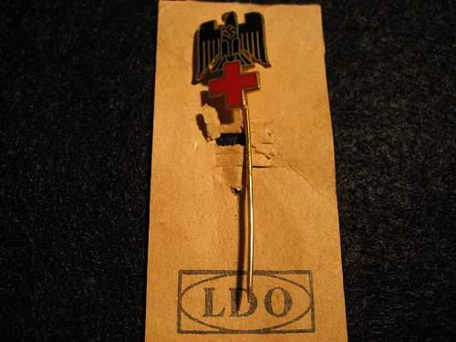 Is this Red Cross stickpin original?