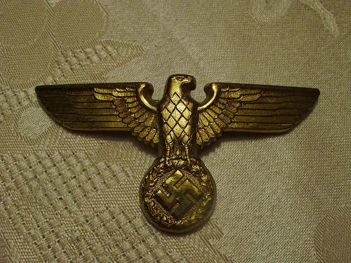 Luftwaffe and NSDAP Leaders Cap Eagles.........