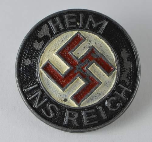 Heim ins Reich pin, mm 'K & Q'