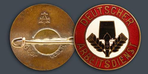Click image for larger version.  Name:Frauen-FreiwilligerAD.jpg Views:87 Size:96.2 KB ID:454869