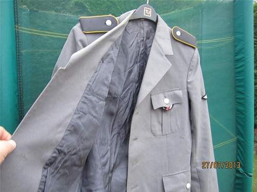 German WW2 Officers jacket query