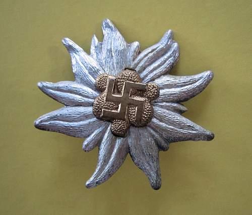 unknown Edelweiss cap badge - SA Hochland perhaps? SA cap insignia & green enamels too